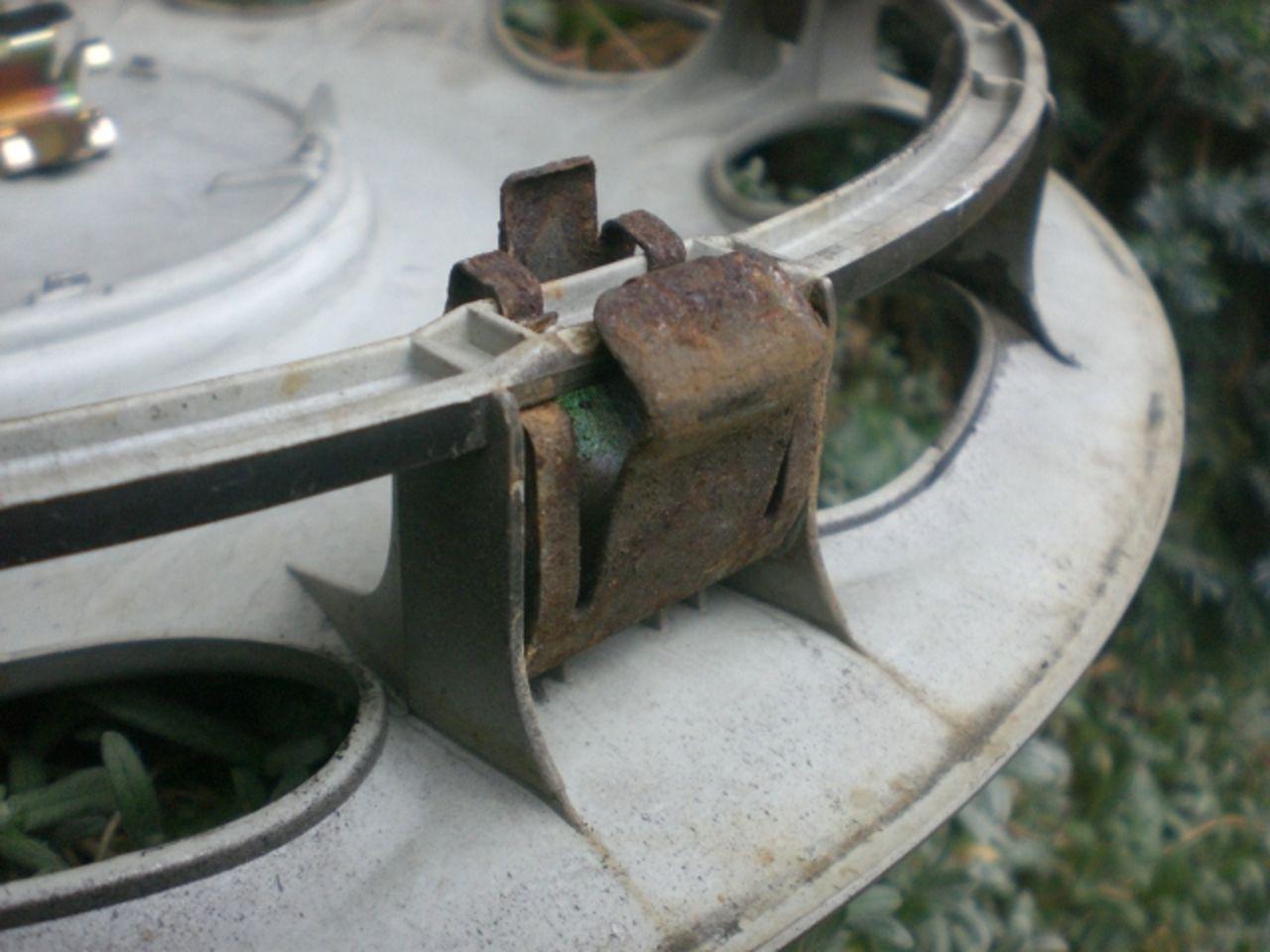 Ringfedern für Raddeckel montieren?!