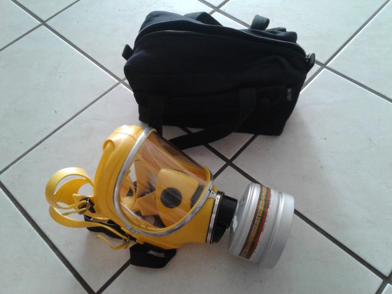 Maske_und_Tasche.jpg